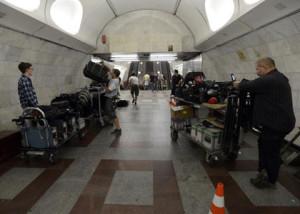 """Child 44 - natáčeno v pražském metru. """"Ruská"""" stanice Anděl, dříve Moskevská."""