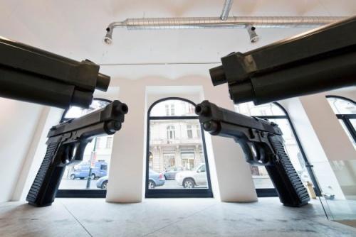 David Černý: Pistole, zdroj: www.dvoraksec.com
