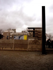 Památník a dokumentační centrum s vyhlídkou na Bernauer STrase, autor: Michal Prouza