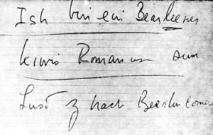 Kennedyho lísteček s nápovědou, zdroj: www.archives.gov