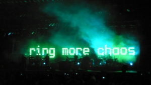 Z koncertu, zdroj: www.massiveattack.com