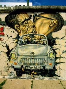 Graffiti na pozůstatcích Berlínské zdi, autor: Michal Prouza