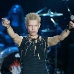Rebel Billy Idol míří na Prahu