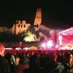Na českých festivalech zahrají legendy i současné hvězdy