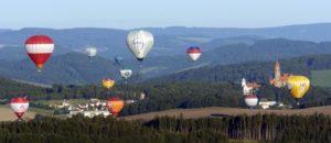 Balóny nad hradem, foto: Vladislav Galgonek, zdroj: www.novinky.cz