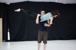 Teatr Tańca Zawirowania - Navigation Song BD303, zdroj: www.facebook.com/zawirowania