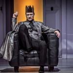 Král Oidipus – Vrah, jehož hledáš, jsi ty!