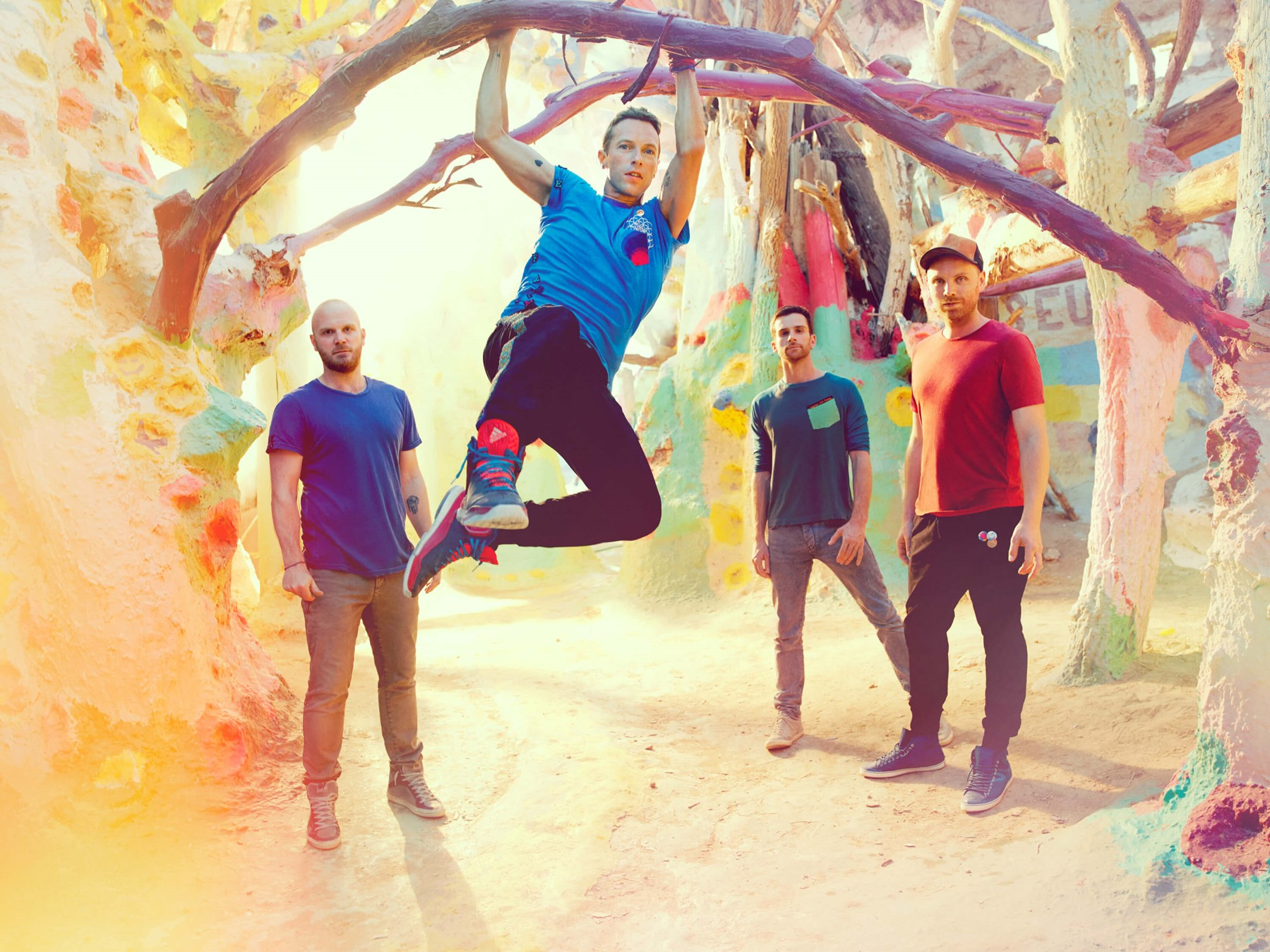 coldplay-a-head-full-of-dreams_image-1