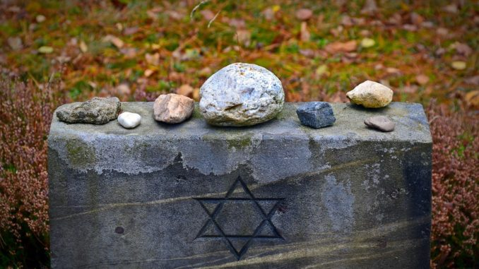 tombstone 1735443 960 720